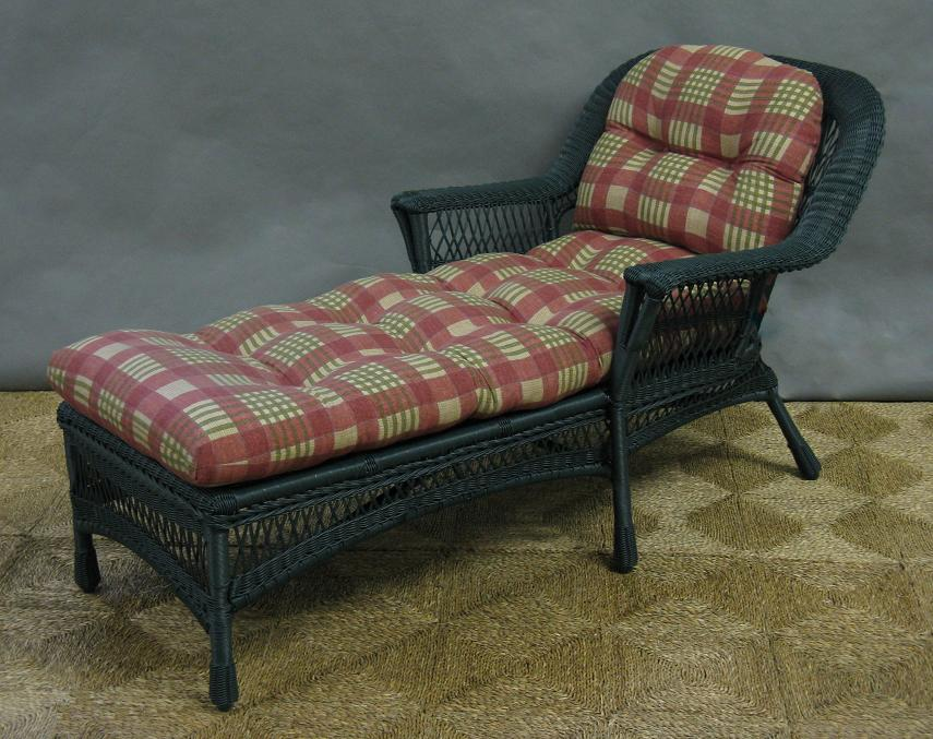 Mackinac Outdoor Wicker Chaise Lounge